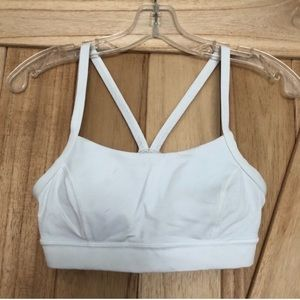 Rise and run white bra size 6